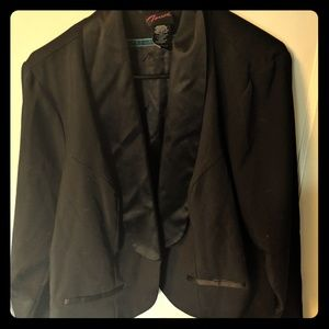Torrid size 2 black blazer
